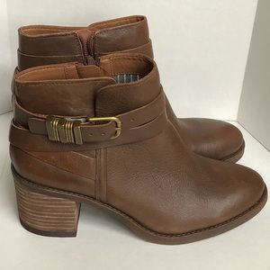 Lucky Brand Brown booties size 8